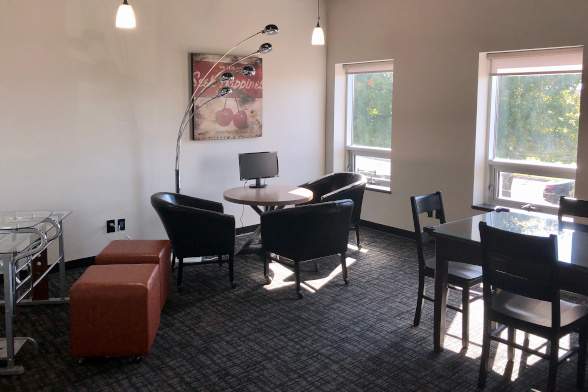 Small team office rental, Uptown Business Club, Hamilton, Ontario